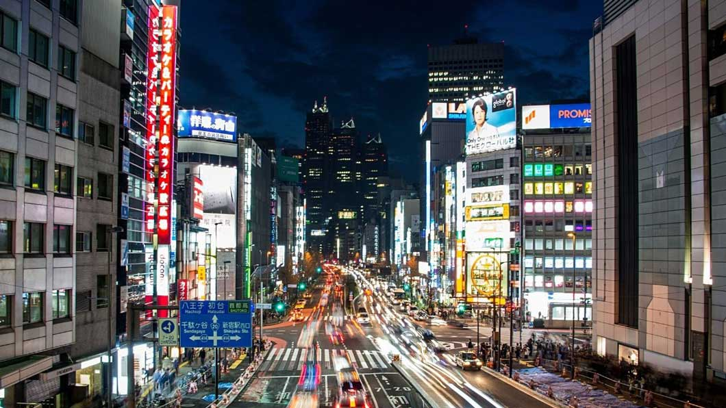 緊急事態宣言発令後、東京都内の様子